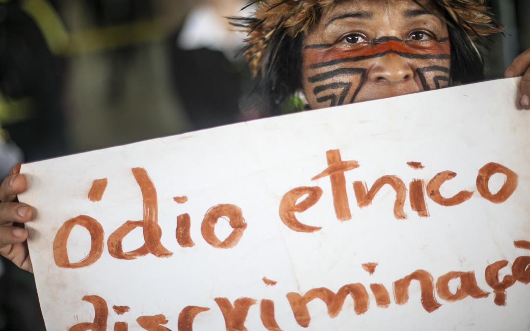 Ato-Indigena-contra-PEC215-•-17032015-•-Brasília-DF-9-1080x675