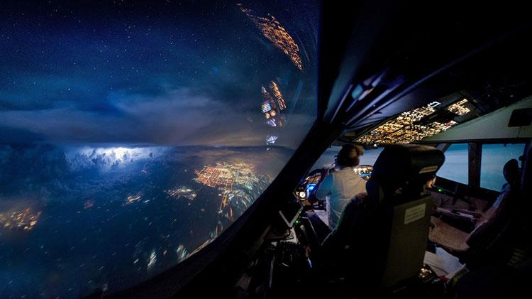 вид из кабины пилота