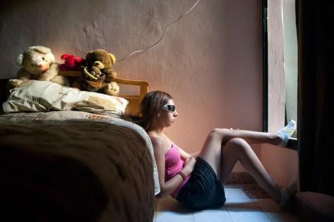Девушка и её комната, женская комната, девушка комната