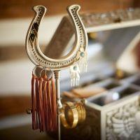 Junk Gypsy Roundup Horseshoe Jewelry Holder | PBteen