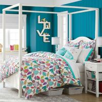 Beadboard Canopy Bed + Trundle | PBteen