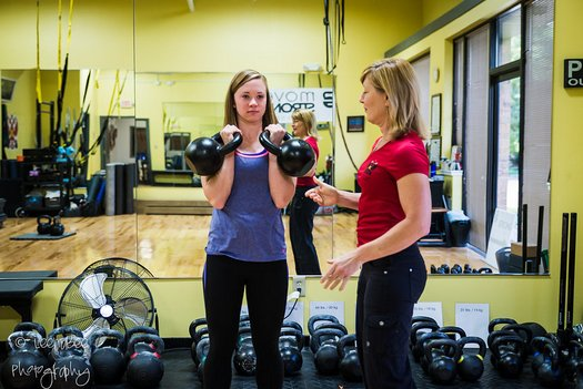 RKC Team Leader Lori Crock Coaching at Movestrong Kettlebells