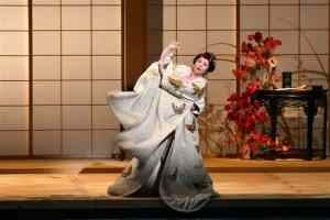 アメリカで活躍するオペラ歌手・木下美穂子さん