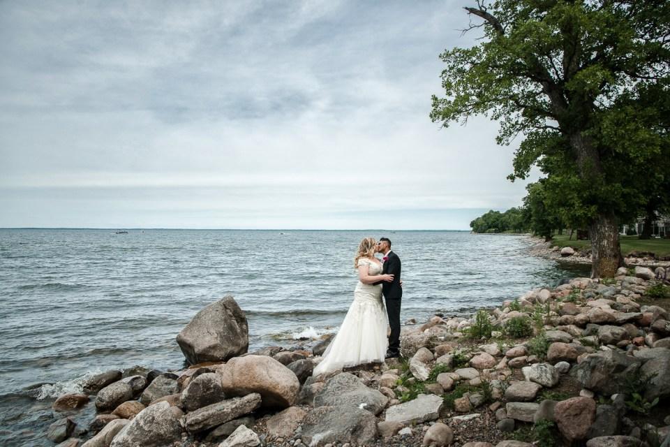 lake mille lacs wedding