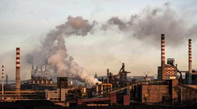 """Di Maio: non l'amianto, non le morti sul lavoro, bensì lo sciopero """"rischia di spegnersi in modo irreversibile"""" l'ex ILVA"""