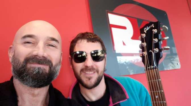 Vicino Vicino Solo Acoustic Tour, Leo Pari su RKO