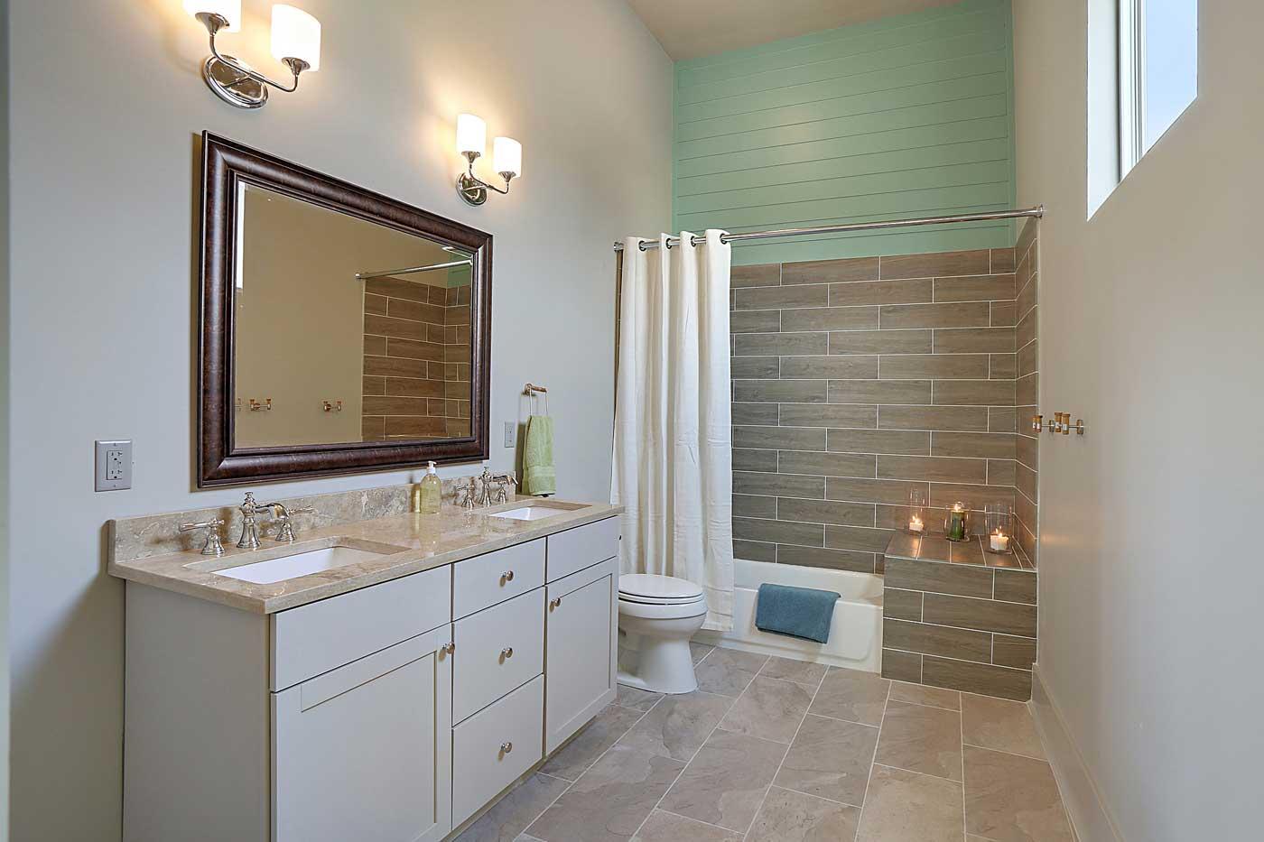 slide3_bathroom