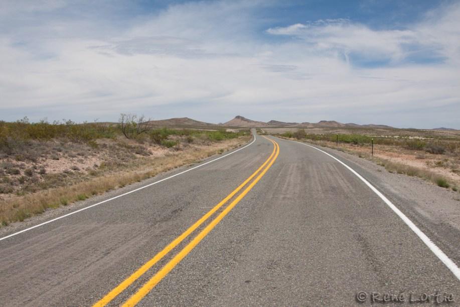 Une des petites routes que j'ai prises au Nouveau-Mexique - tranquille