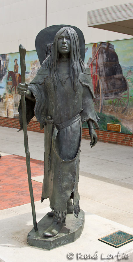 Art public à Sheridan - Bird Woman