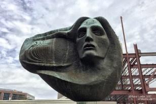 Sculpture d'Oliver Pollock par Frank Hayden Le patriote et ses neufs compagnons sous la Louisiane espagnole