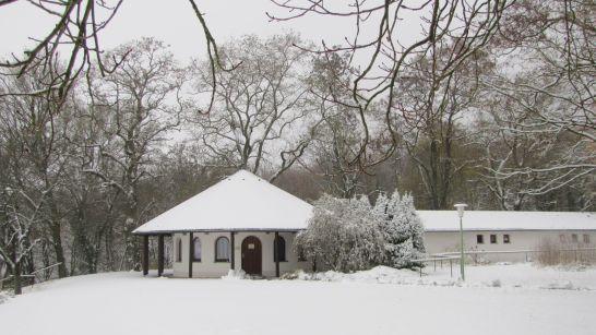 Pavillon im Schnee