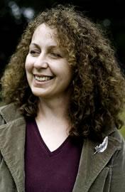 Vanda Symon, podcaster extrodinaire