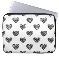 HEARTS PATTERN LAPTOP SLEEVE