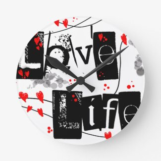 Love Life black,red,hearts,dots text wall clock