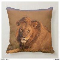 Lion Throw Pillows | Zazzle