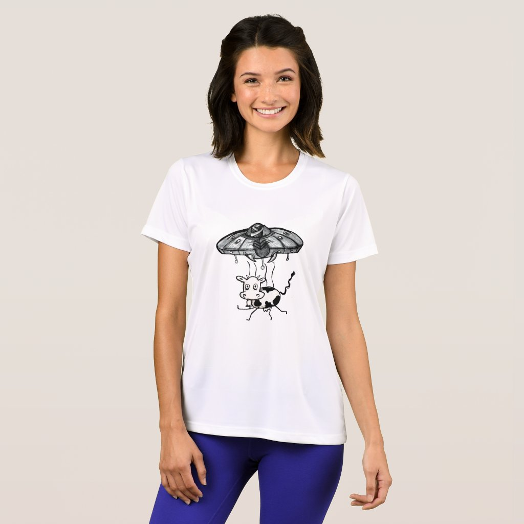 Alien Gear UFO Abduction of a cow T-Shirt