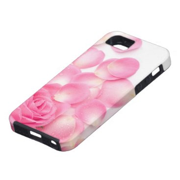 Beautiful Pink Rose with Scattered Petals iPhone SE/5/5s Case
