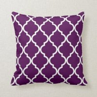 Classic Quatrefoil Pattern Plum and White Throw Pillow ...
