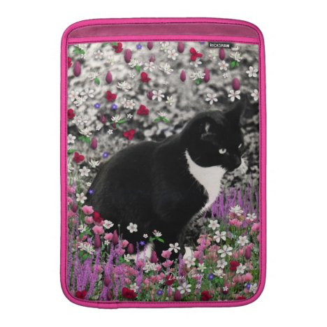 Freckles in Flowers II - Tuxedo Kitty Cat Sleeve For MacBook Air