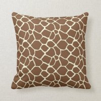 Giraffe Print Throw Pillows | Zazzle