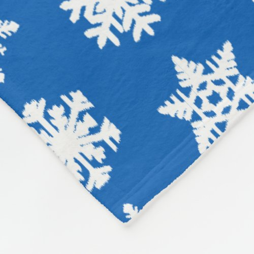 Ikat Snowflakes - Cobalt blue and white Fleece Blanket