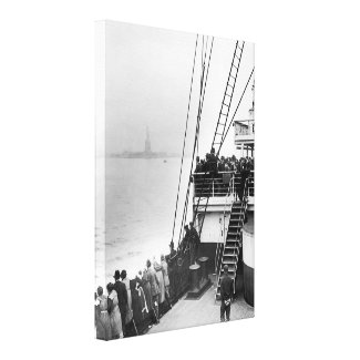 Immigrants Viewing The Statue of Liberty Photo Canvas Print