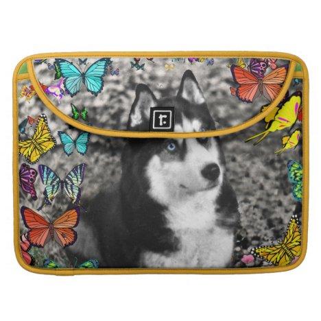 Irie the Siberian Husky in Butterflies Sleeve For MacBooks