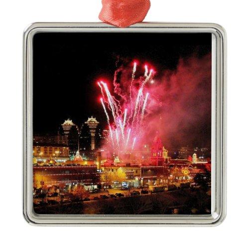 Kansas City Plaza Lights, Fireworks Ornament