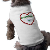 Love Leprechauns Dog T-shirt