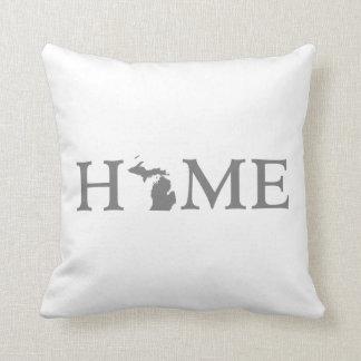 Detroit Michigan Pillows  Decorative  Throw Pillows  Zazzle