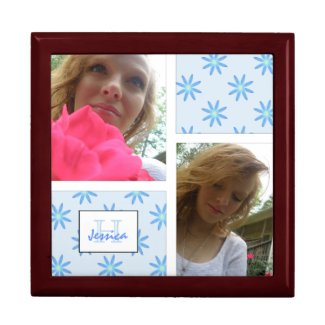Monogramed: Picture: Blue Daisy Jewelry Box