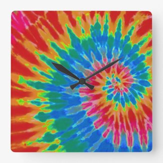Red and Blue Spiral Tie Dye Clock