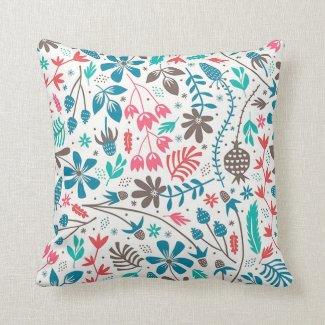 Retro Floral Pattern Throw Pillow