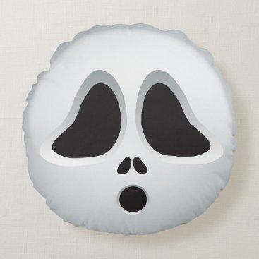 Scream! Cute lil ghost emoji Round Pillow