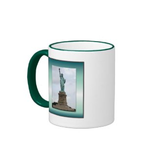 Statue Of Liberty Green Gradient Mugs