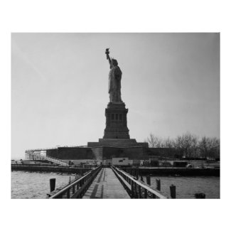 Statue of Liberty Photograph - 5 Posters