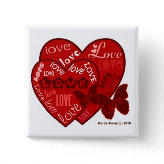 Valentine's Day Hearts & Love Button/Pin (2) button