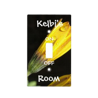 Yellow Daisy Light Switch Cover