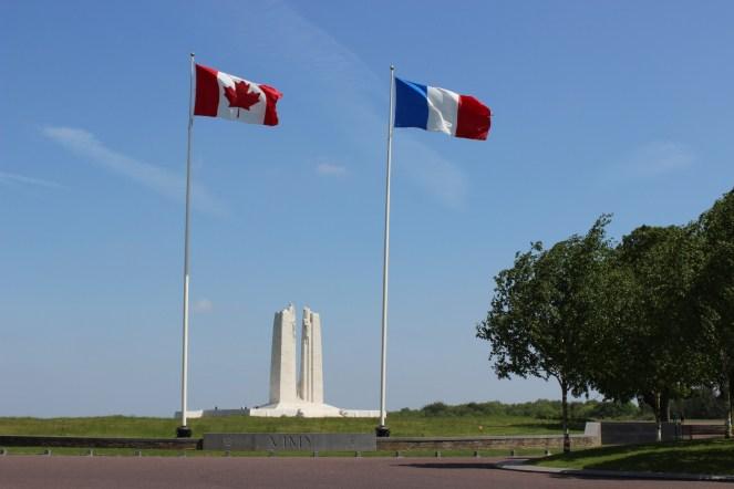 Circuits de mémoire (au départ d'Arras vers le Mémorial de Vimy)