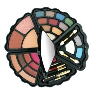 F1-440 - Clam Shell Makeup Palette-0