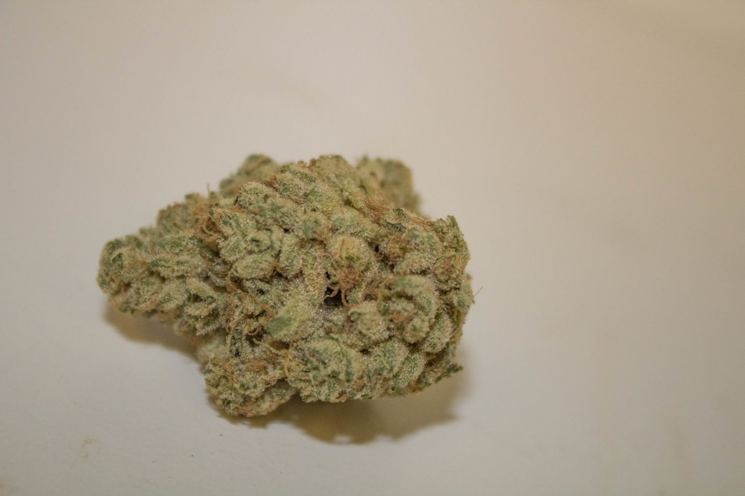 A Real Review Of Exotikz Wedding Cake: The Dankest Cake On