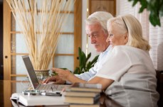 Couple Getting Reverse Mortgage Info