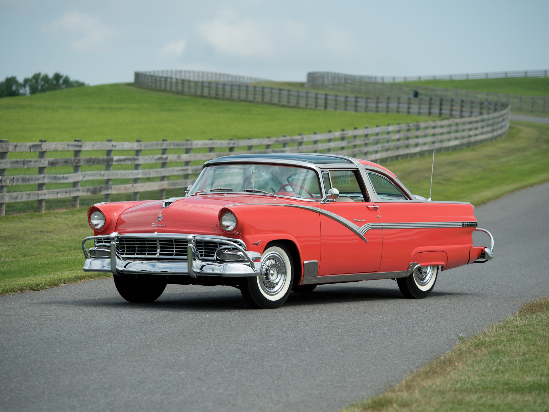 hight resolution of 1956 ford fairlane crown victoria skyliner glass