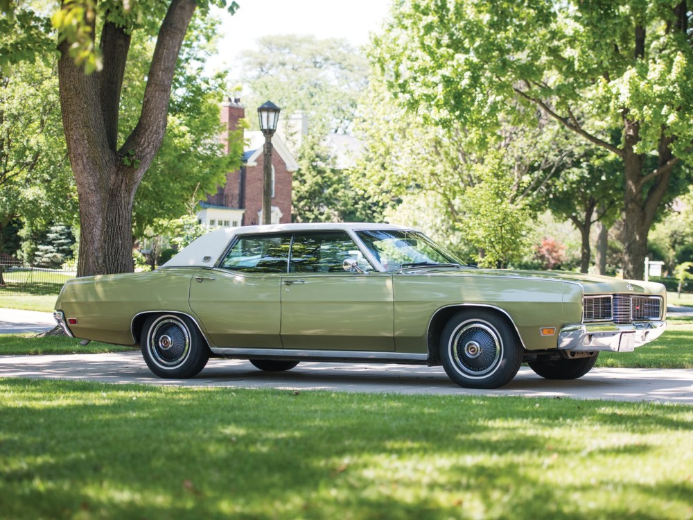 medium resolution of 1970 ford ltd hardtop sedan