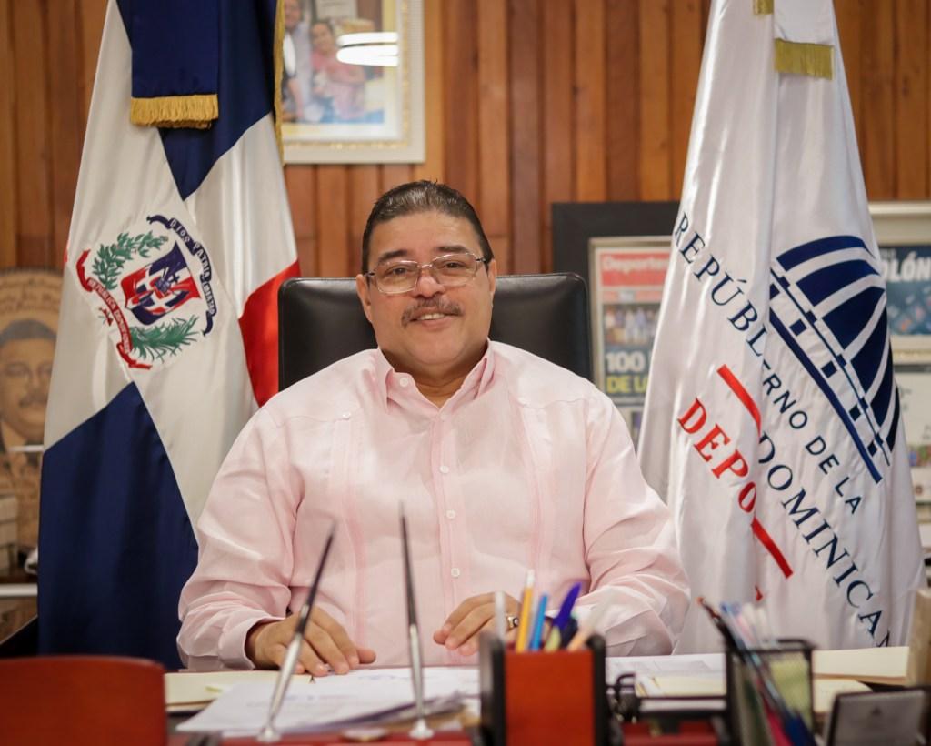 Ministro de Deportes Francisco Camacho le sale al frente a declaraciones de Soterio Ramírez, director de deportes del PLD.