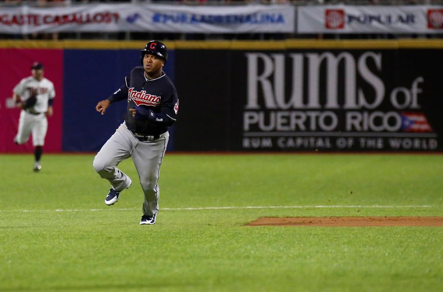 José Ramírez pegó su tablazo 14 frente al abridor dominicano Carlos Martínez, con dos corredores en los senderos. (Foto: EFE/Thais Llorca) Archivo