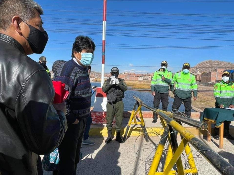 El expresidente de Bolivia Evo Morales en la frontera con Perú.