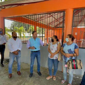El alcalde Abel Martinez en Las Charcas