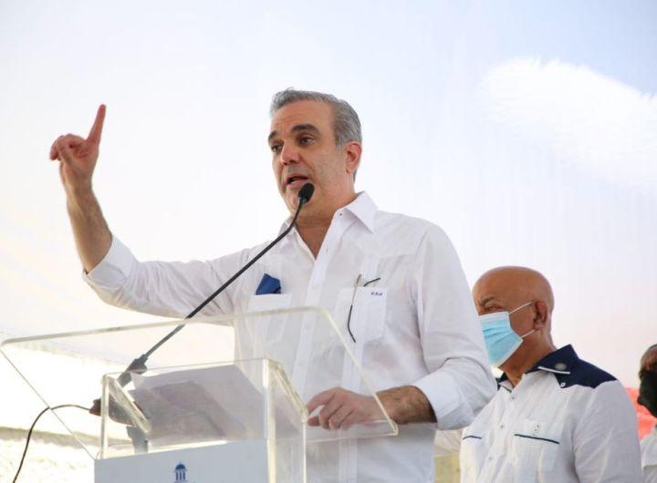 Luis Abinader sobre combustibles.