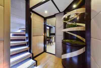 Majesty 90 Lower Deck Lobby